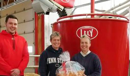 Lely installs the 500th Vector automatic feeding system
