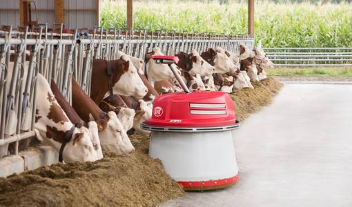 The new Lely Juno takes automatic feed pushing to the next level