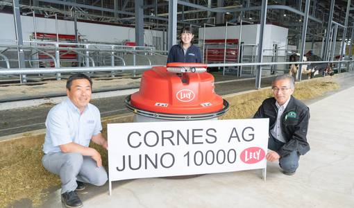 10,000th Lely Juno feed pusher installed at Dream Hill Farm in Japan